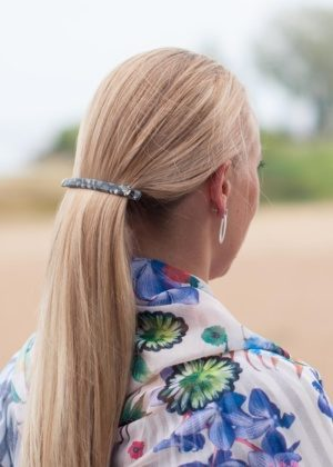 Dondella high quality hair clip with Swarovski crystals