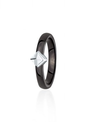 Dondella ceramic and sterling silver ring